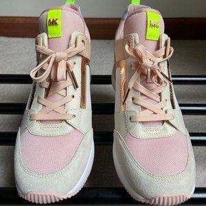 MICHAEL KORS Women GEORGIE PLATFORM Sneakers